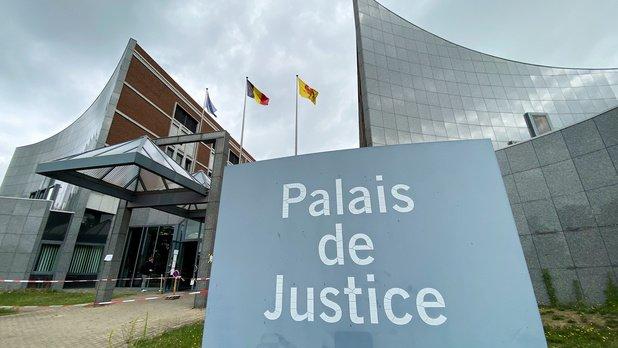 Carte blanche : Une loi Covid dangereuse pour la justice